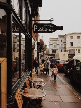 Plateau Brighton: outside