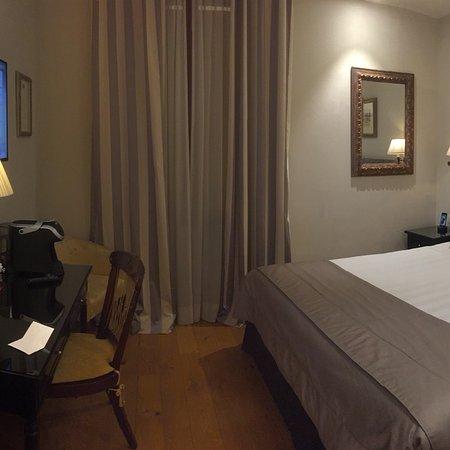 Monte Cenci Hotel Photo