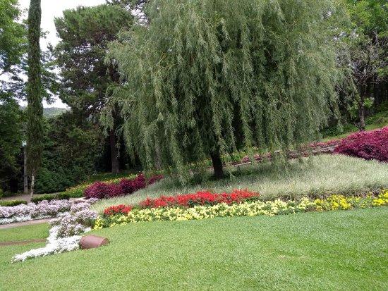 Img 20171216 120924 le jardin parque de for Location jardin 78