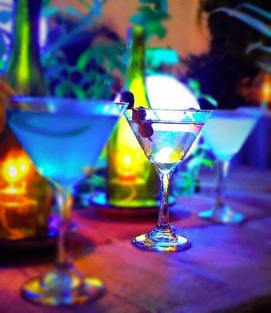 Bajo La Luna Restaurant: Martini Heaven
