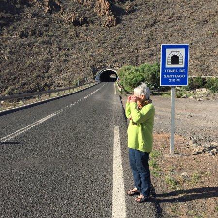 Tameday Esencia Gomera: Foto fra tilgangsveje og tunnel til Playa Santiago