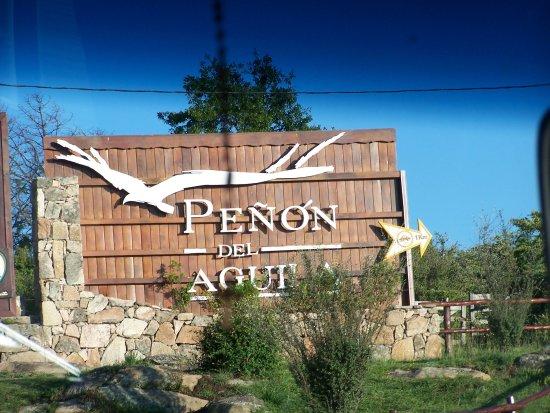 Penon del Aguila: Apenas se ingresa a la cumbresita el cartel indicatorio
