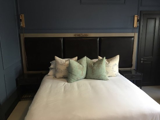 De Noordhoek Hotel: Newly renovated courtyard bedroom
