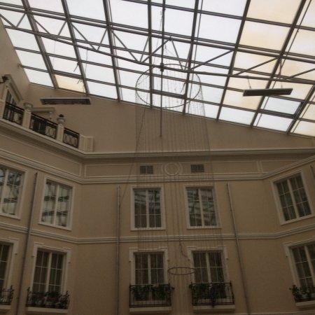 Grand Hotel Emerald Photo