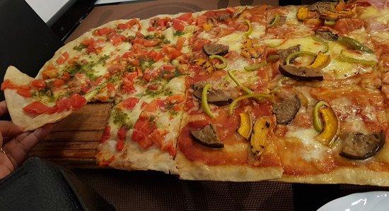 Mundo pizza tripadvisor for Mundo pizza la algaba