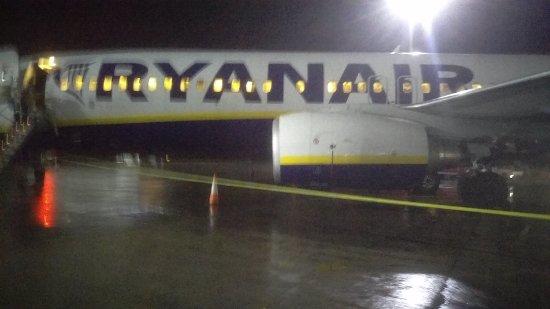 Ryanair: Landing