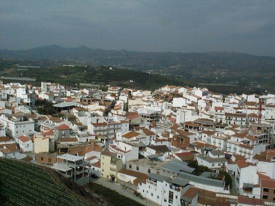 Benamocarra, Spain: Vistas desde el restaurante-hotel
