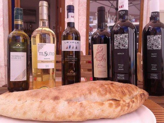 Mascalzone Latino Pizza Studio: selezione di vini italiani