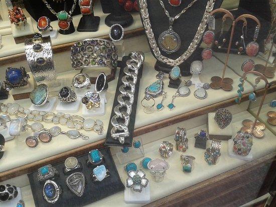Mo&Bi Exclusive Silver Shop