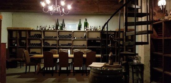 Williamsburg Winery: Reserve Wine Storage