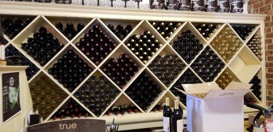 Williamsburg Winery: Wine Sales Racks