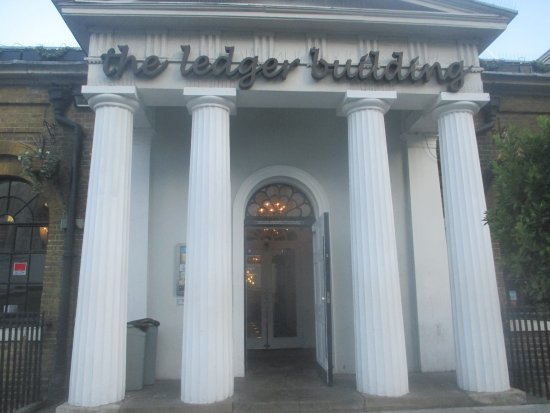 The Ledger Building: The Entrance.....just along West India Quay......