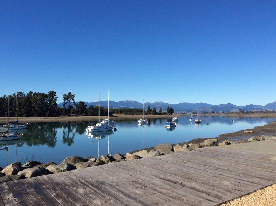 Mapua 41 South Holiday Accommodation: Mapua Estuary