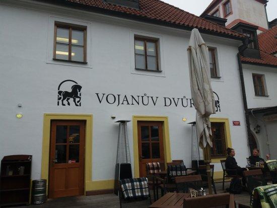 Vojanuv Dvur: вид со двора