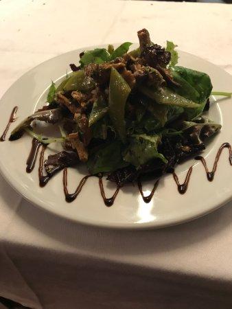 Bistrot de L'Oulette: Salade de Girolles parfumé à l'huile de noisettes