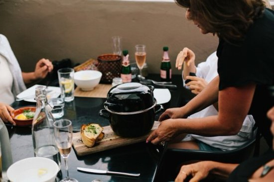 Manaia: Serving up a pot of fresh Coromandel mussels.