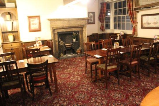 Brewers Fayre Llandoger Trow: Restaurant interior
