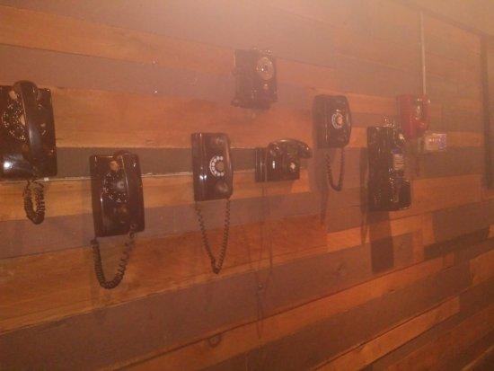 Loose Moose: Vintage Phones display!