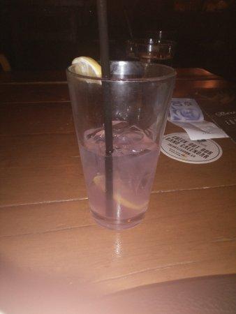 Loose Moose: Raspberry Lemonade! Yum!