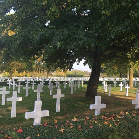 Cambridge American Cemetery and Memorial: photo0.jpg
