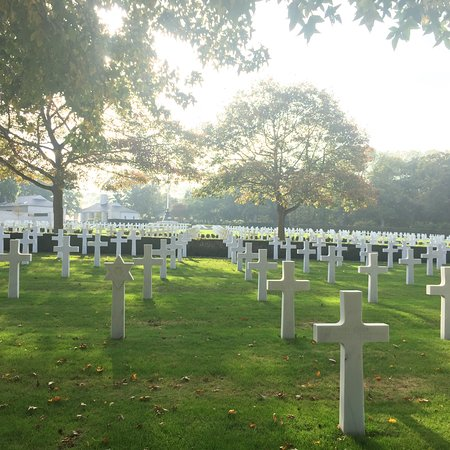 Cambridge American Cemetery and Memorial: photo1.jpg