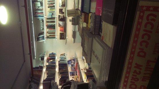 מרכז באוהאוס תל אביב: Bauhaus Centre