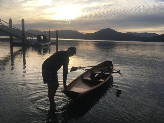 Марлборо, Новая Зеландия: Early morning row thanks to Alan