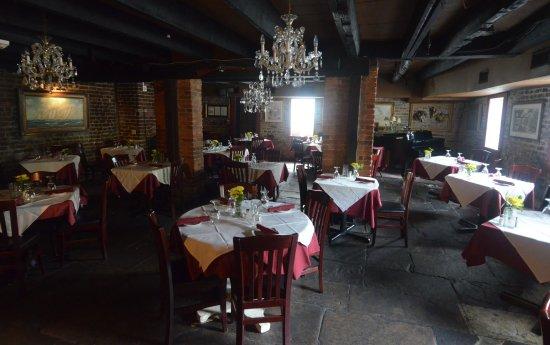 17 Hundred 90 Restaurant: la sala per la cena
