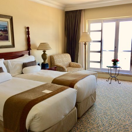 The Table Bay Hotel: Luxury twin room