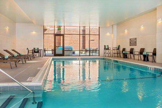 Residence Inn Boston Braintree: Salt Water Pool