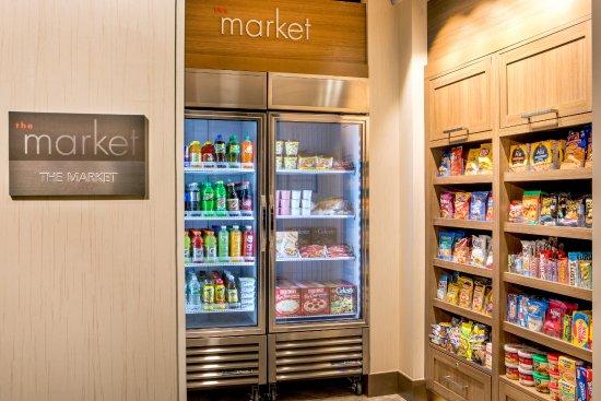 Residence Inn Boston Braintree: The Market