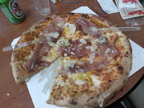 Pizzeria Orchidea: pizza doppia pasta