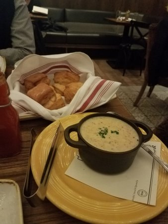 Yardbird Southern Table and Bar: Biscuits and gravy