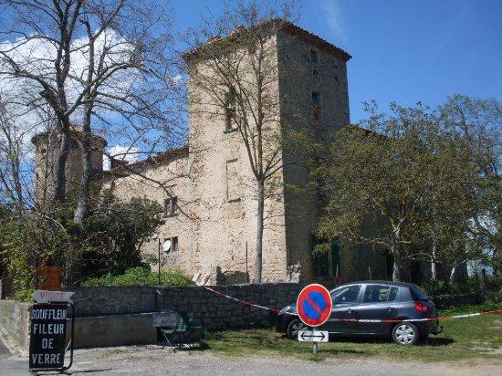 Eglise Sainte-Marie-Madeleine: En el pueblo