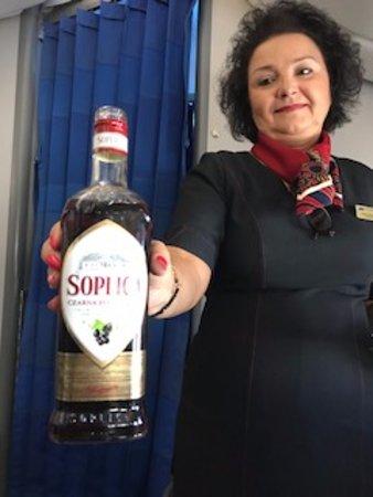 LOT Polish Airlines: ポーランドのはちみつ酒