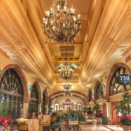 Marriott Cancun Resort: Hotel Lobby