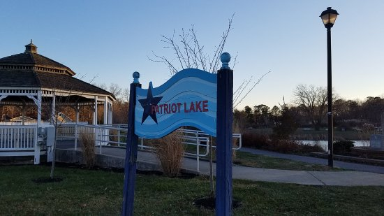 Patriot Lake Park