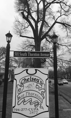 Chelsea's on Thornton Photo