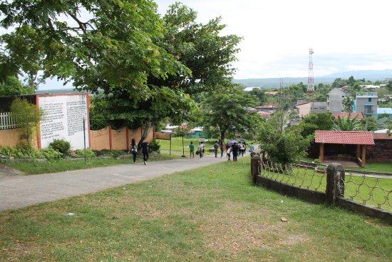 Iguig CalvaIguig Calvary Hills & Parish of St. James the Greater: iguigの広場