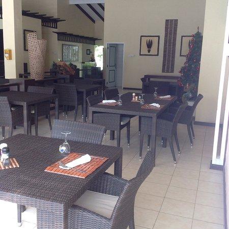 Hotel La Roussette : photo2.jpg