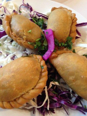 Eddies Lebanese Eatery: Meat Sambousik