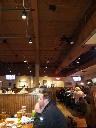 Old Chicago Restaurant Roseville Minnesota