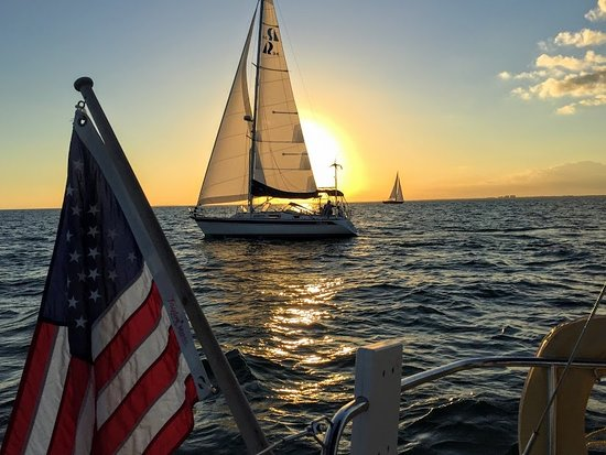 Sailing Adventures Miami: Awesome sunset sailing charter in Miami