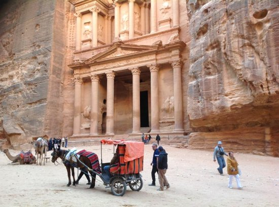 Veter Peremen Excursions in Egypt: Петра, Иордания
