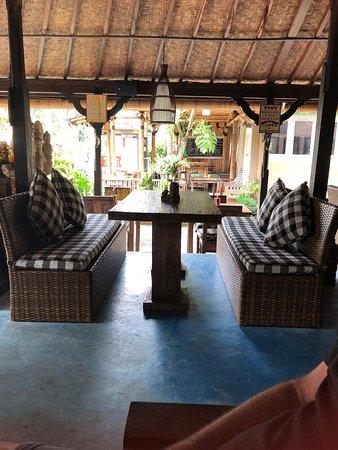 Meruhdani Boutique Hotel Ubud Photo