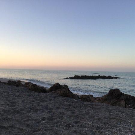 Caspersen Beach at sunrise in December