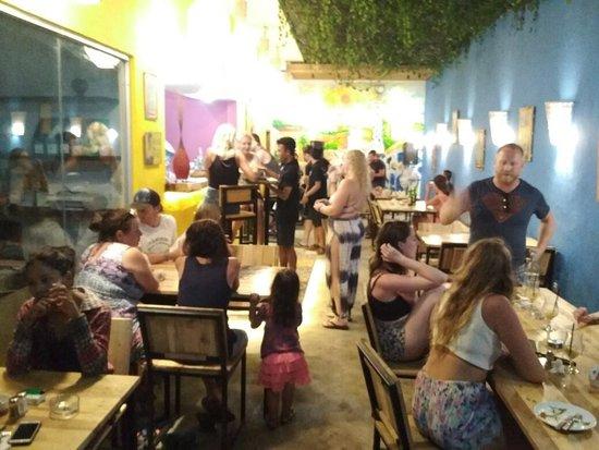 Tapaz Bar: Inside Bar