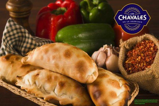Los Chavales Grill Argentino y Mas: empanadas argentina horneadas