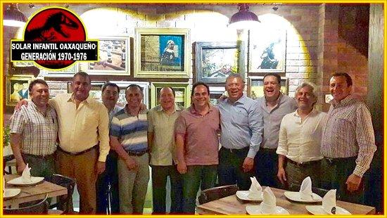 Los Chavales Grill Argentino y Mas: Punto de reunion de los amigos