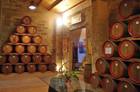 Private Wine Tour and Archeological ...